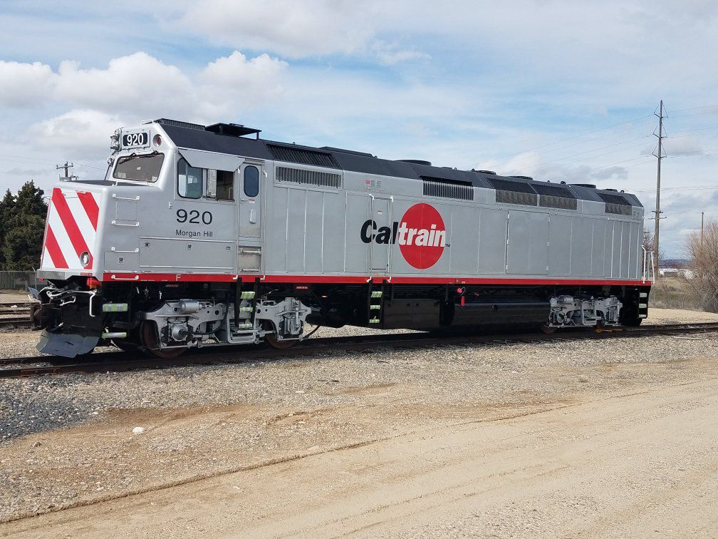Cure de jouvence pour 3 locomotives Caltrain