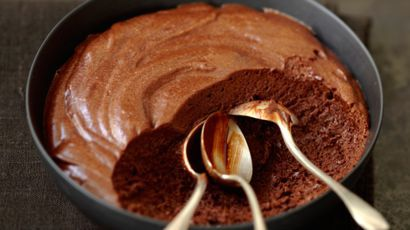 """ A Table"" : la mousse au chocolat aux orties"