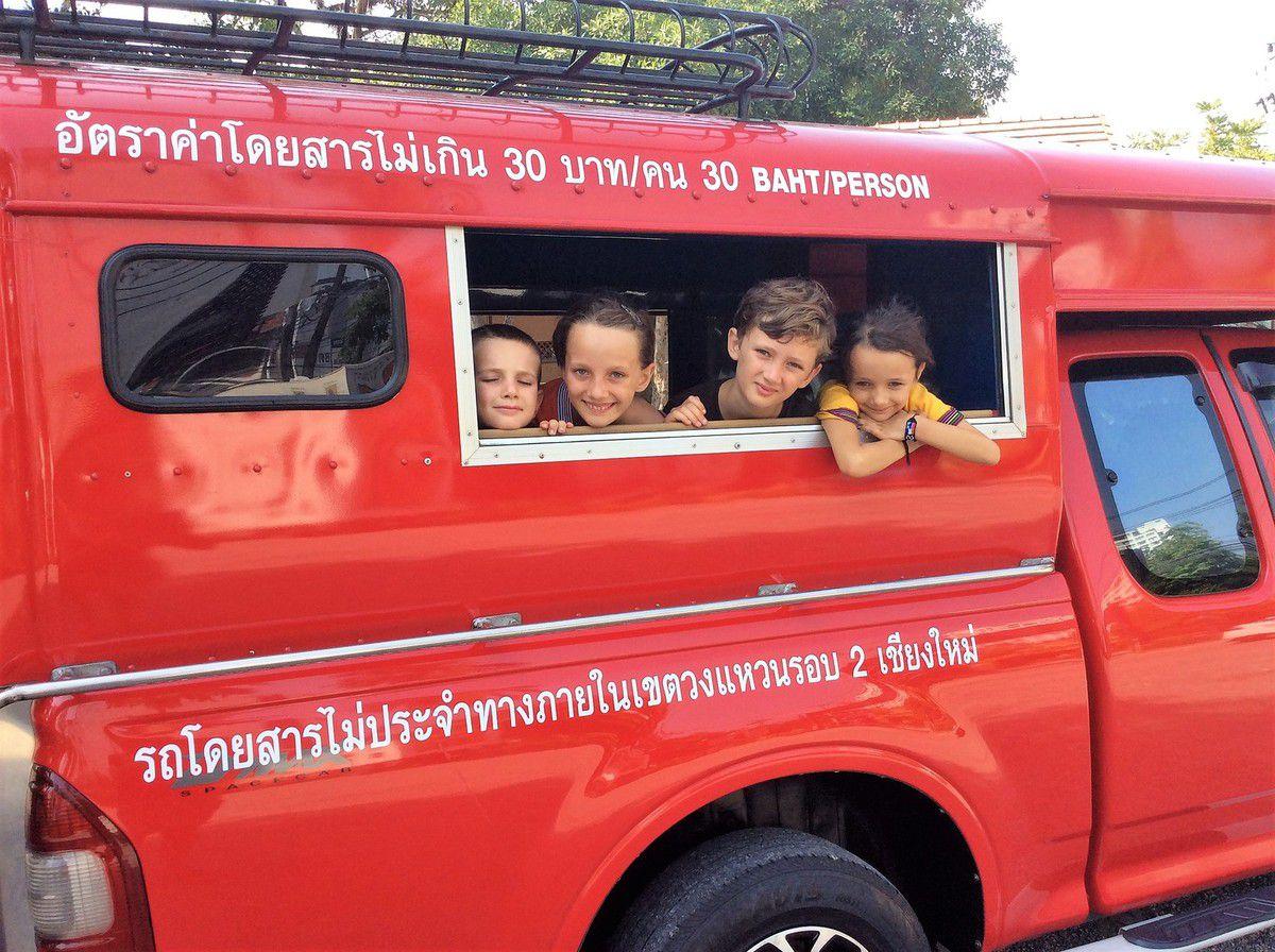 Thailande du sud au nord : long-boat, latérite à la tonne, et triangle d'or