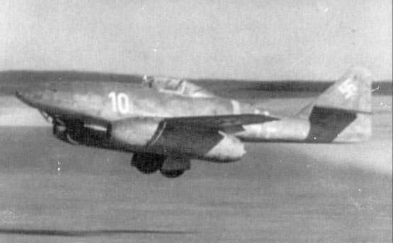 Me 262.A-1A schwalbe et sa maquette [Revell 1/72]
