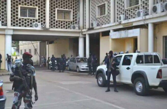 Évasion de prisonniers au sein du palais de justice d'Abidjan
