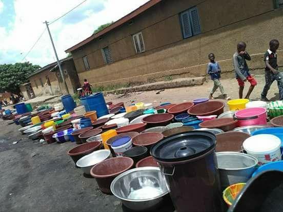 Grande pénurie d'eau à bouaké, le gouvernement jette l'éponge et s'en remet à Dieu!