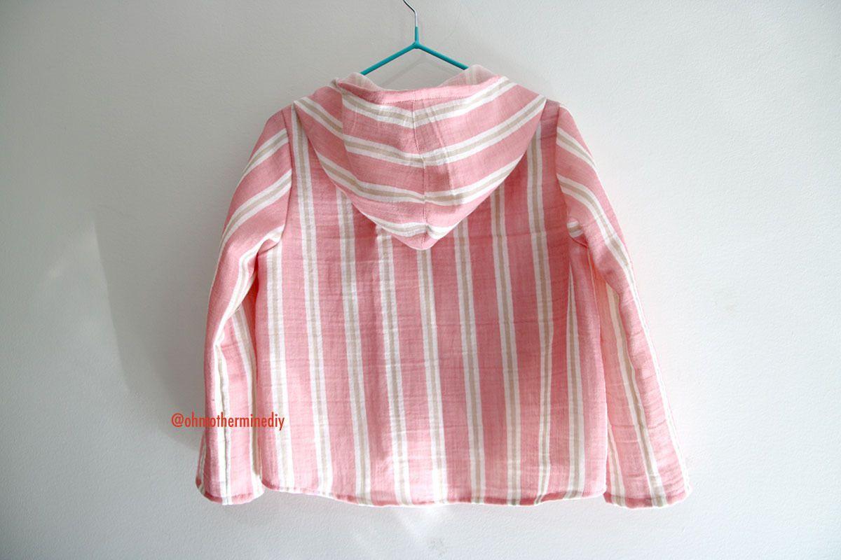 Chemise à capuche pour enfant