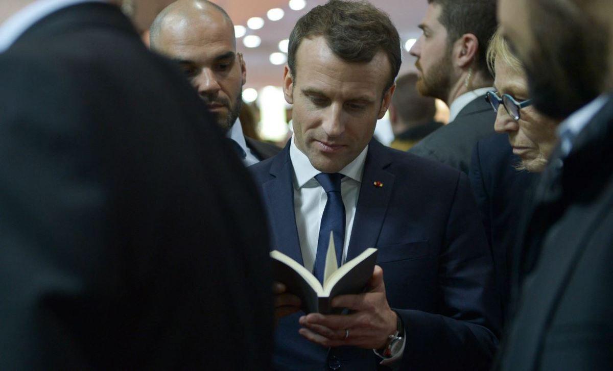 Macron et le romanesque... Des usages de la littérature en politique...