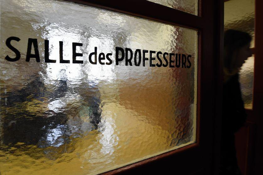"""Ecole de la confiance? - """"Colère et épuisement en salles de profs... la prochaine crise politique ?"""""""