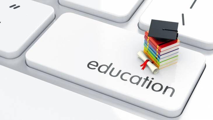 Universités : contre un enseignement «100 % à distance»....