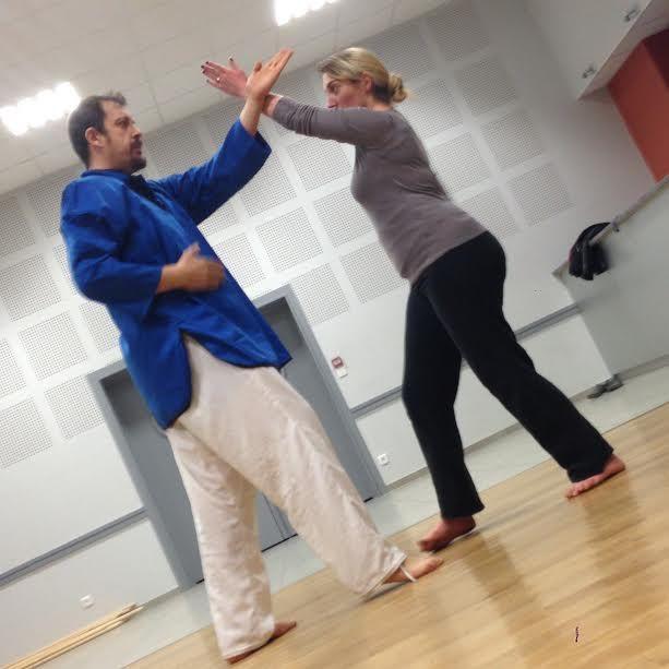 Cours de self défense, Kung Fu et Qi Kong à Boujailles avec Franck Pesenti et Amélie