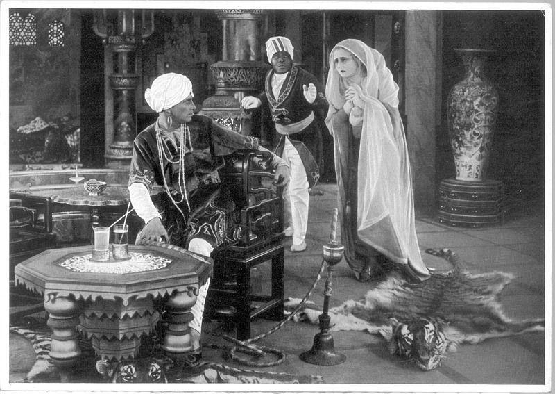 Le Tombeau hindou. Un exotisme plus fantasmé que réel pour un kitschissime film muet à grand spectacle.