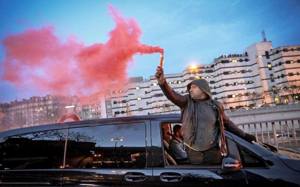 Des VTC menacent de bloquer le périphérique parisien le 25 janvier
