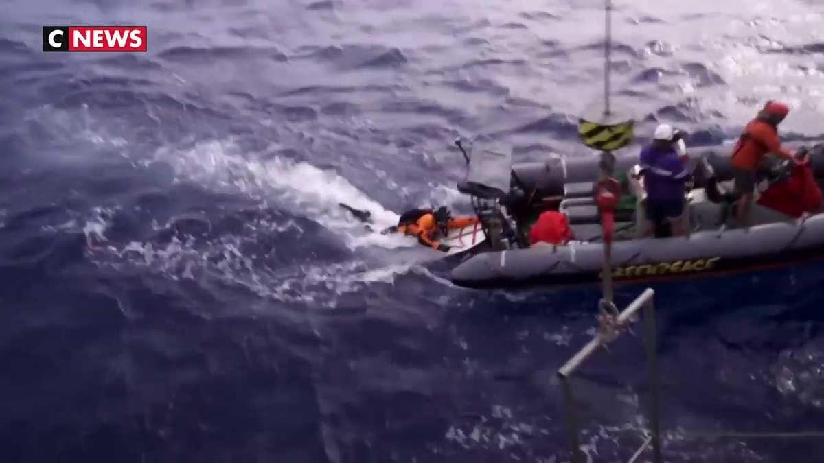 Une ONG nettoie les océans pollués par le matériel de pêche