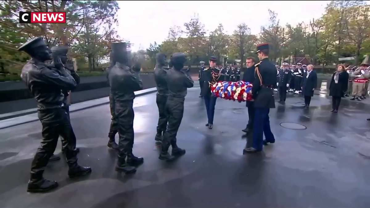 11 novembre : Macron a rendu hommage au «sacrifice suprême» des soldats morts en «Opex»