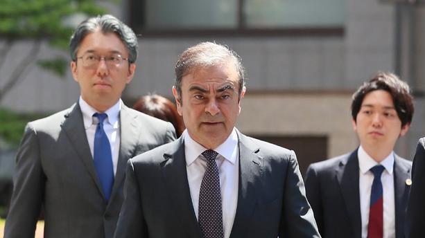 """Le Fil Actu - La vidéosurveillance révèle que Carlos Ghosn a quitté seul dimanche dernier sa résidence à Tokyo - Les jets privés qui lui ont permis de quitter le Japon utilisés """"illégalement"""""""