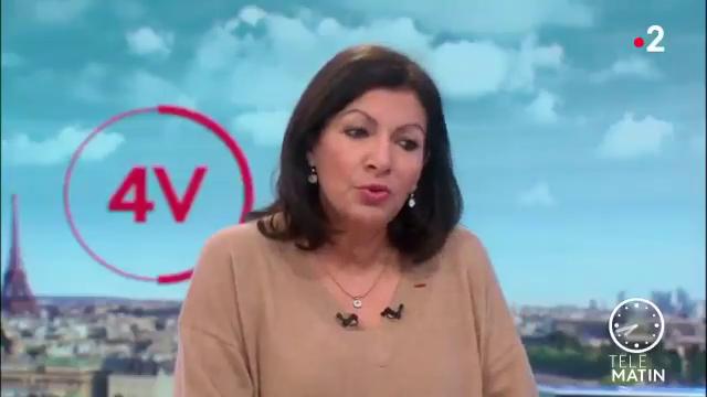 La maire Anne Hidalgo explique - très sérieusement - que la circulation a baissé à Paris et qu'il n'y a pas plus de bouchons qu'avant