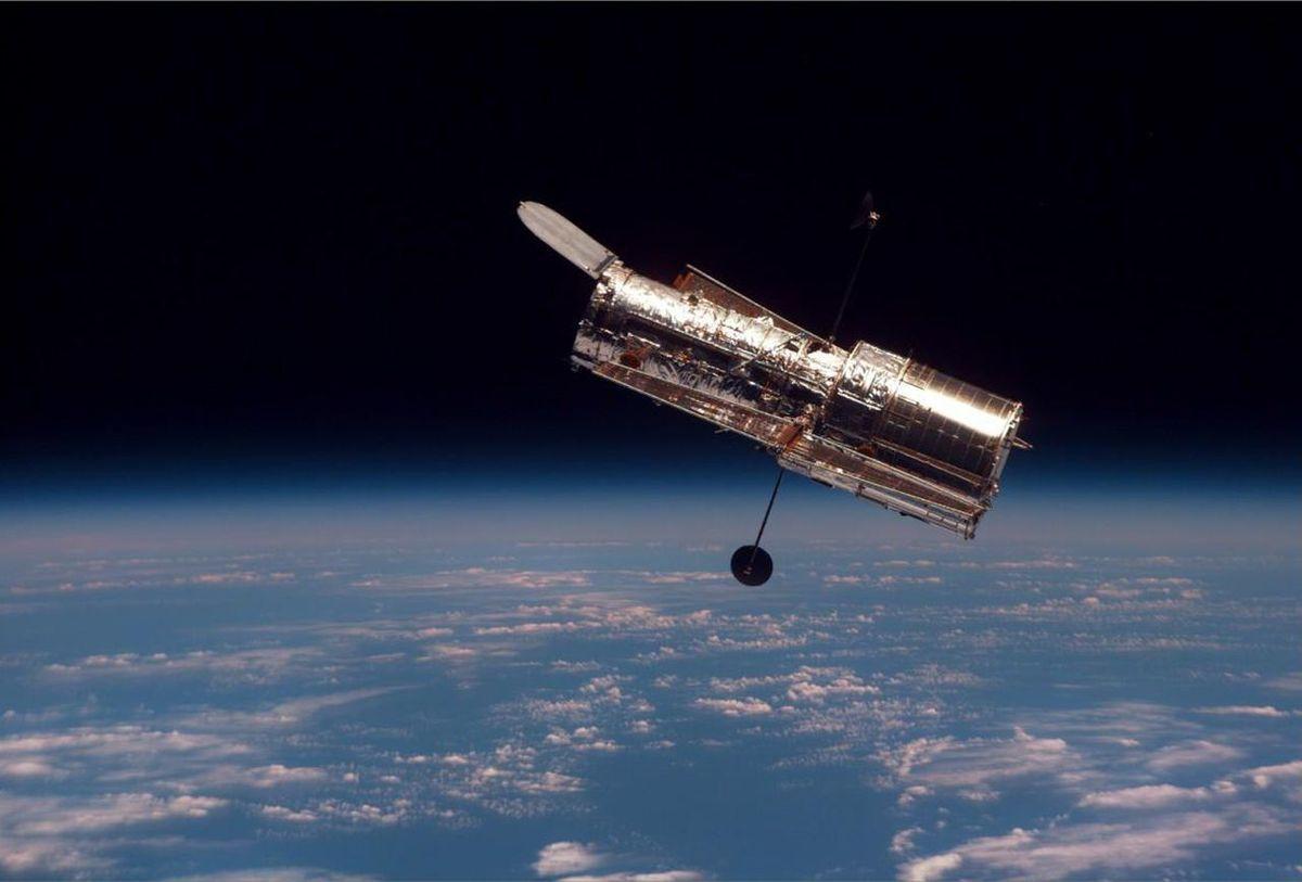 Un satellite c'est quoi ?