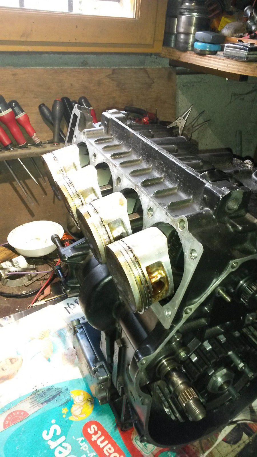 remontage d'un moteur GTR avec deux