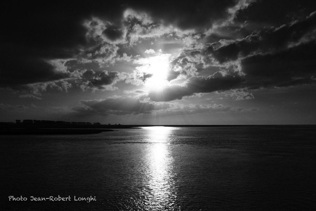 Fin d'après-midi, mois d'août, ciel de normand.... et Normandes du matin