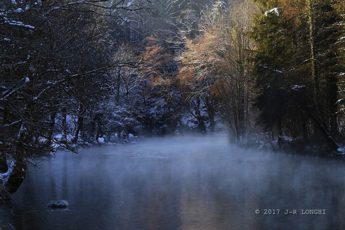 Triptyque Mouthier : POINT DU JOUR, hiver 2016/17 - tirage Alu/Dibon 40X60 - Photographie non libre de droits © 2017Jean-Robert Longhi