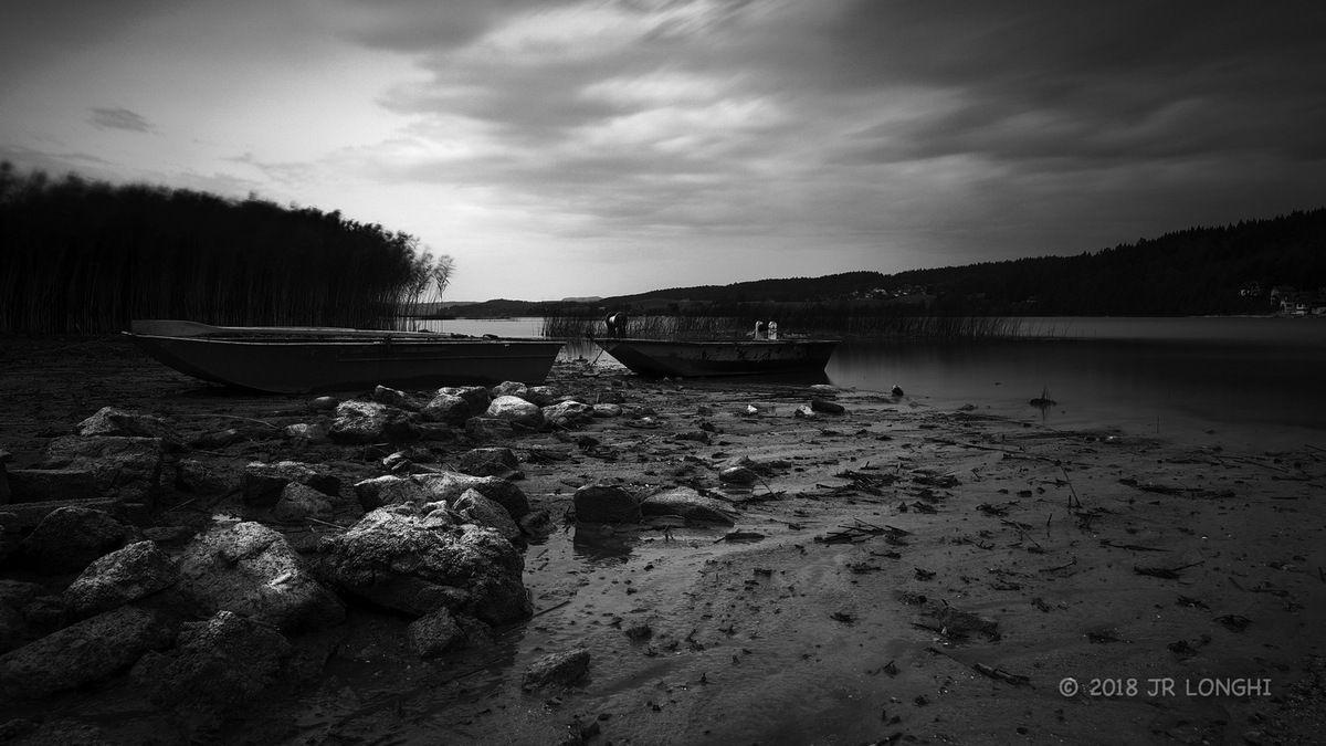 Bord de Lac -2 - ©2018 Jean-Robert Longhi Photographie non libre de droits