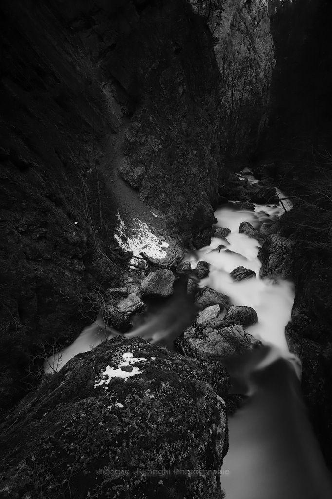 Gorges de l'Areuse 3 - ©2019 Jean-Robert Longhi Photographie non libre de droits