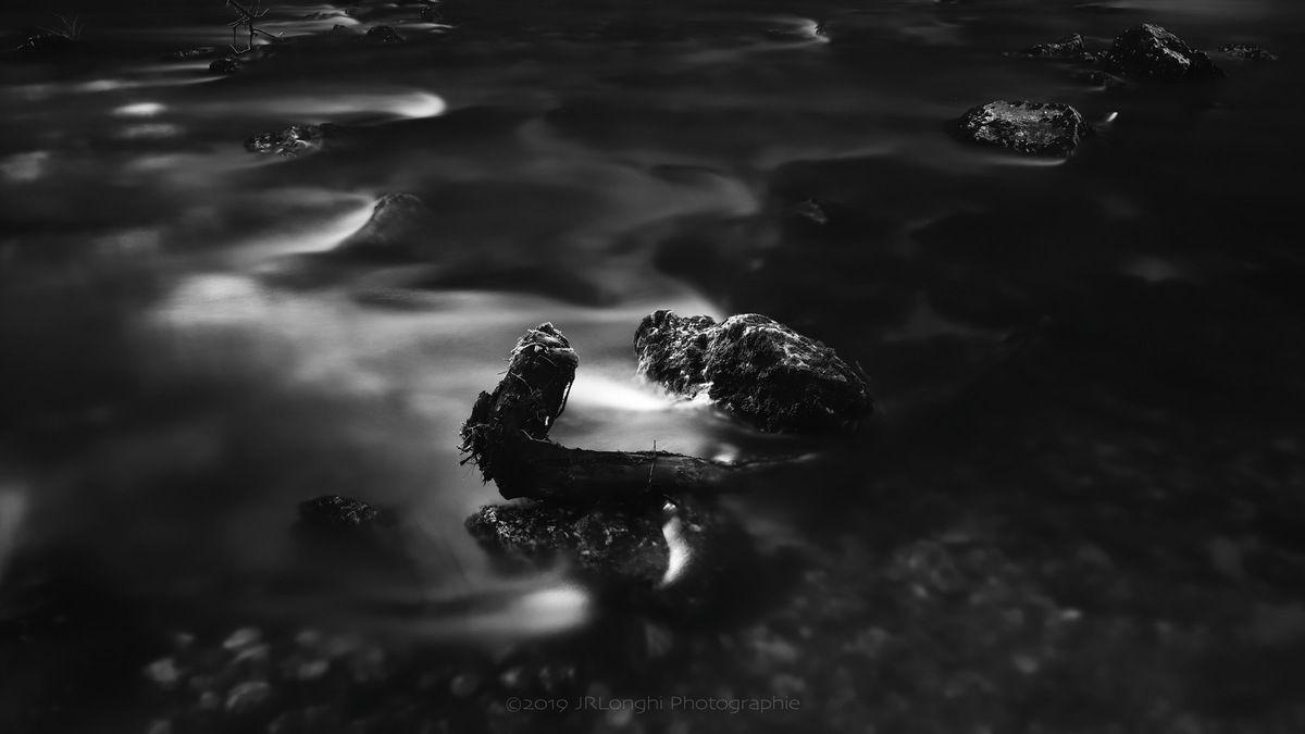 Gorges de l'Areuse 1 - ©2019 Jean-Robert Longhi Photographie non libre de droits