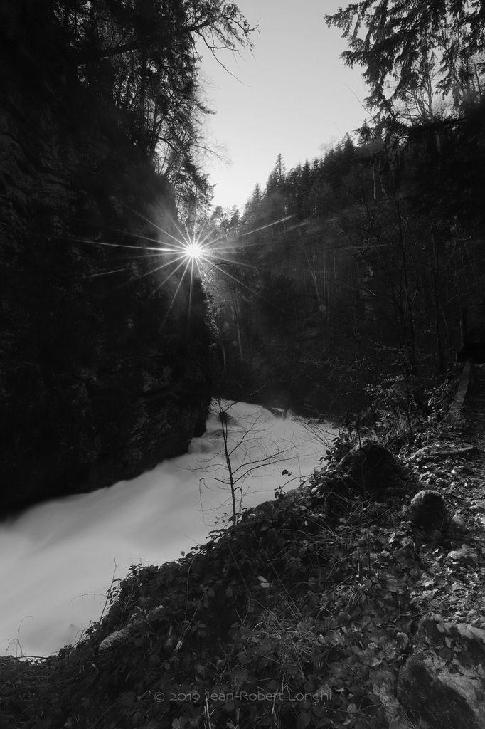 Gorges de l'Areuse 11 - ©2019 Jean-Robert Longhi Photographie non libre de droits