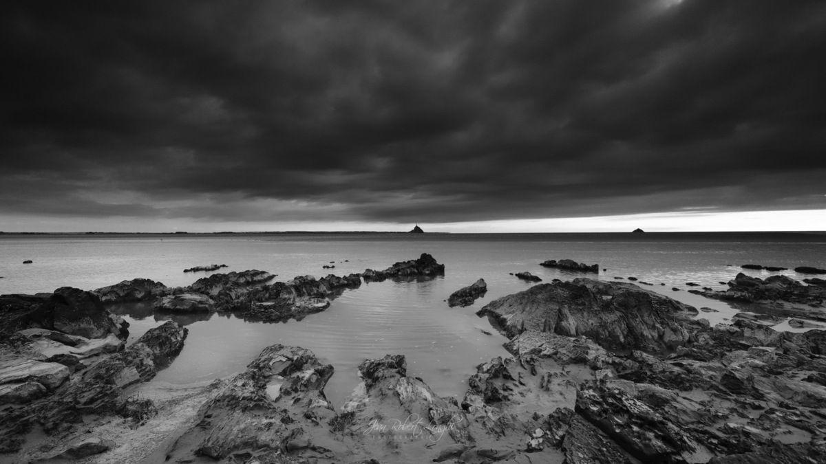 Baie du Mont 7 - Pointe du Grouin du Sud - marée montante au crépuscule - ©2019 Jean-Robert Longhi Photographie non libre de droits