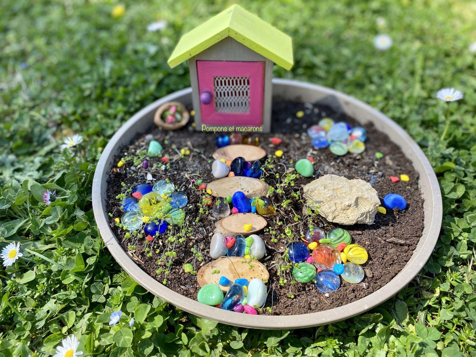 Un petit monde pour les fées de notre jardin