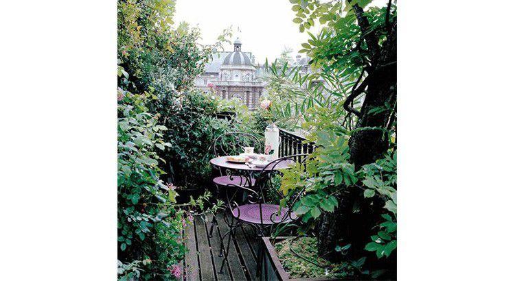 La végétation permet aux oiseaux de repérer votre balcon
