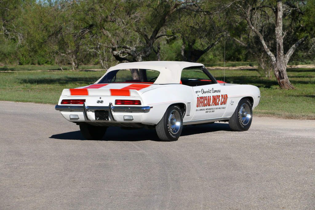 Chevrolet Camaro RS/SS 350 Z11 Convertible Indy 500 Pace Car Replica