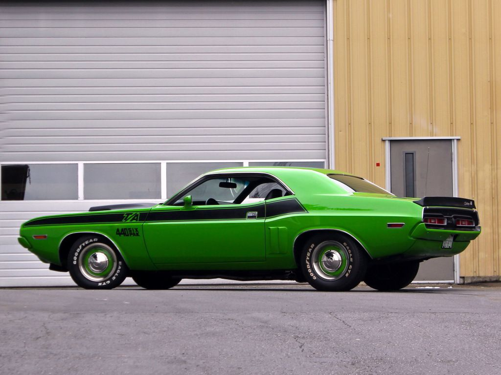 1971 Dodge Challenger T/A 340 Six Pack
