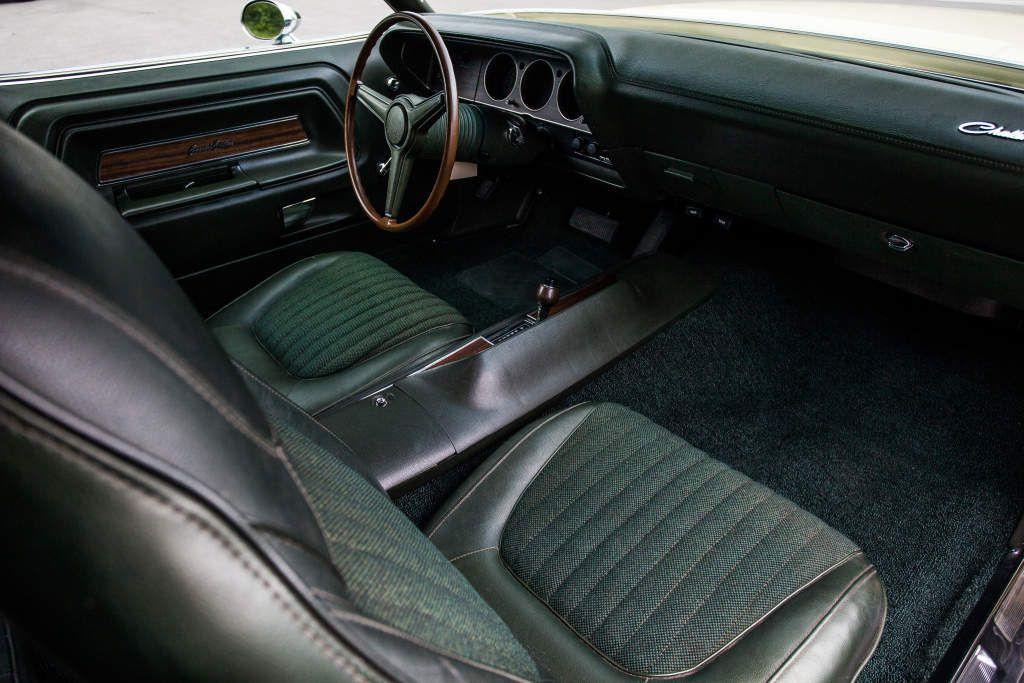 1970 Dodge Challenger R/T SE 440 Six Pack