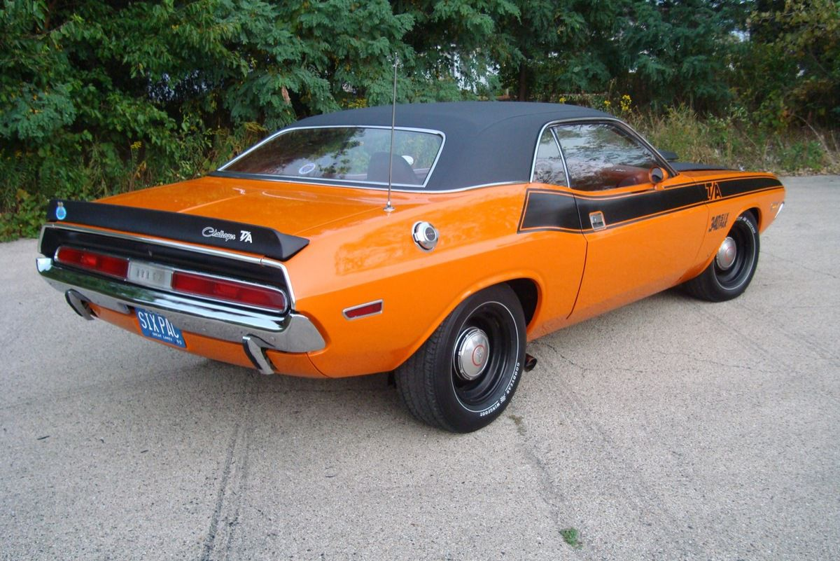 1970 Dodge Challenger T/A 340 Six Pack