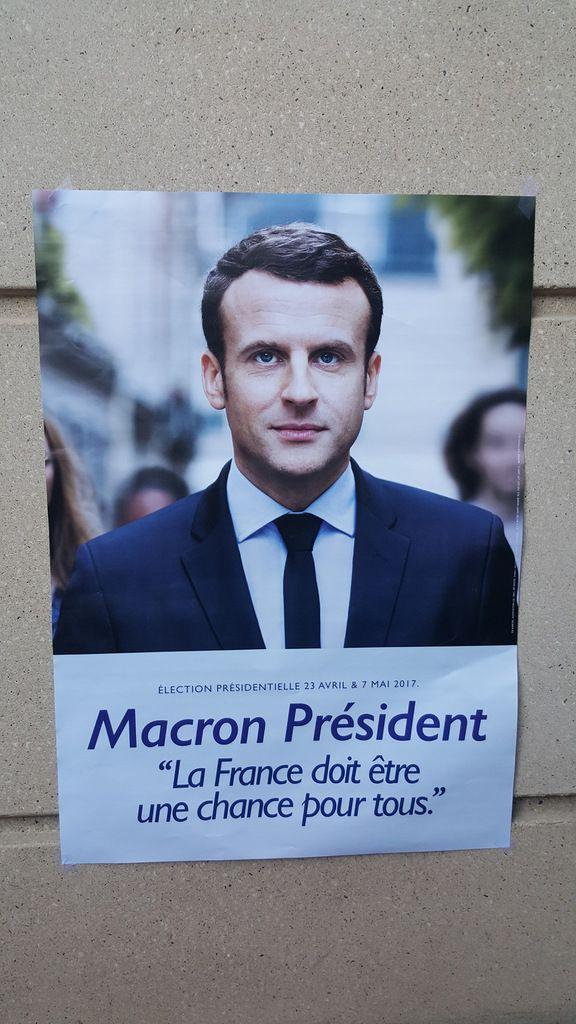 Un bouleversement et un renouvellement de la classe politique en l'espace d'une année avec Emmanuel Macron et notre mouvement En Marche !