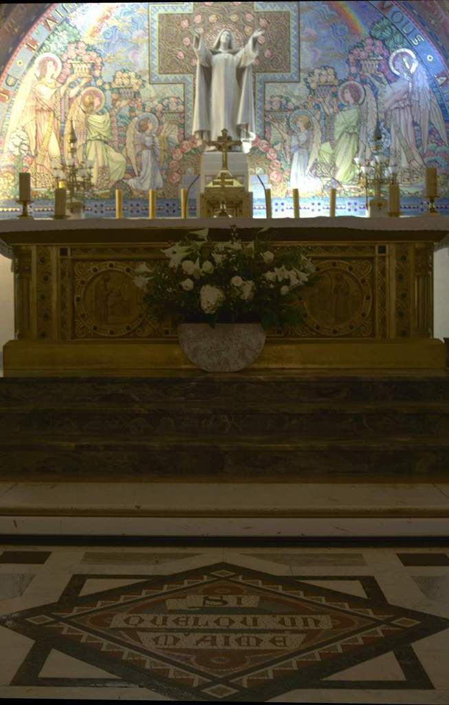 Crypte de la Basilique Sainte Thérèse de Lisieux