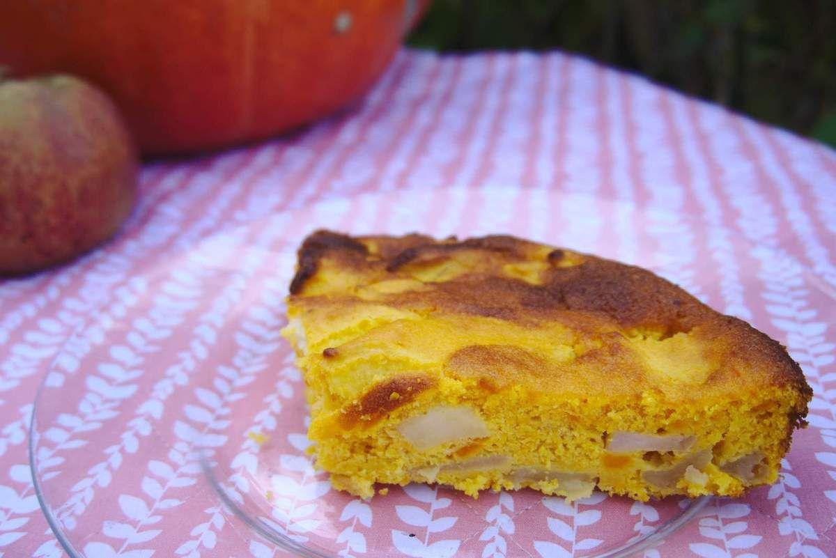 Gâteau à la citrouille et aux pommes.