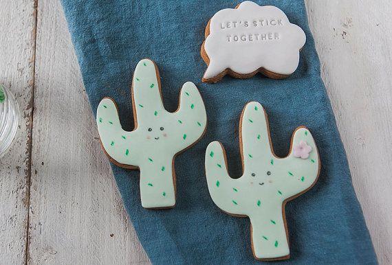 Des cactus au goûter! Biscuits au glaçage coloré.