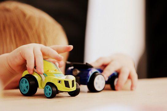 blog-maman-picou-bulle-doit-on-aimer-jouer-avec-ses-enfants