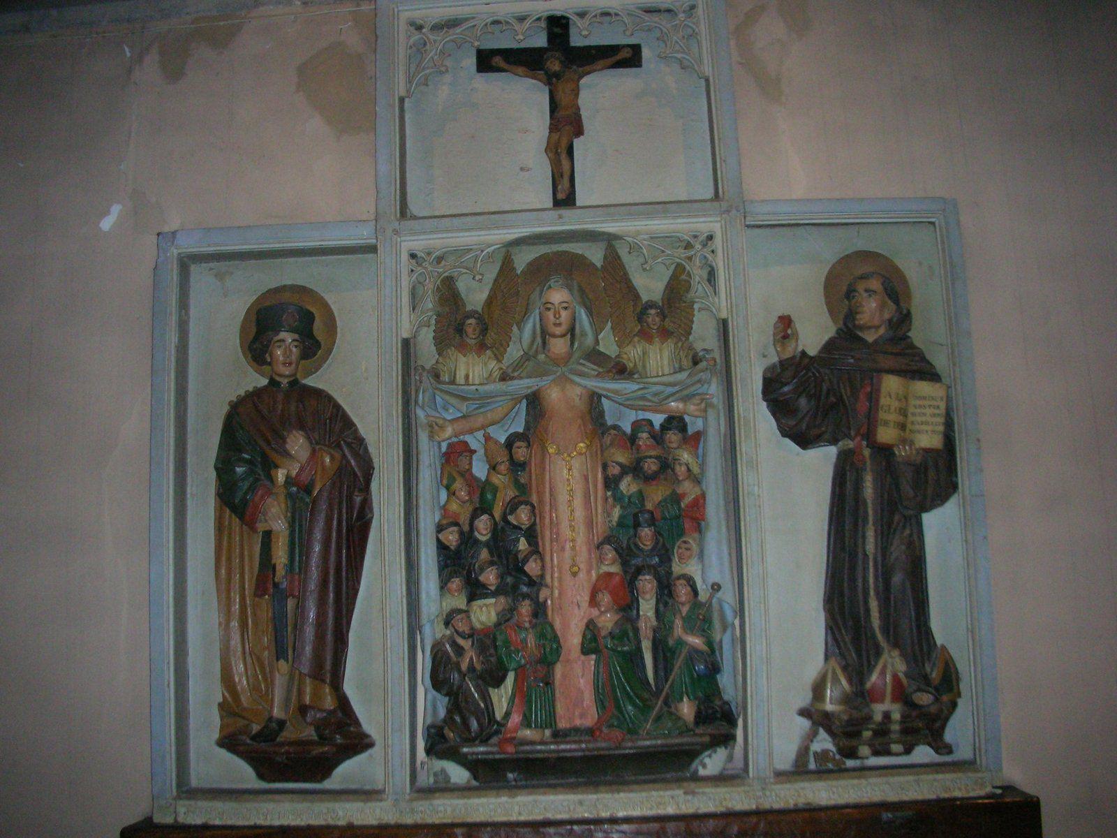Le retable de Lagnieu est un témoignage de l'essor de l'Observance franciscaine (La vierge protectrice au manteau entre Saint Sébastien et Saint Bernadin de Sienne)