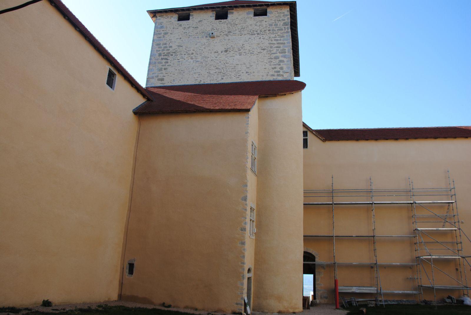 Le château des Allymes à Ambérieu-en-Bugey est un témoignage saisissant de la guerre delphino-savoyarde de 1285-1355