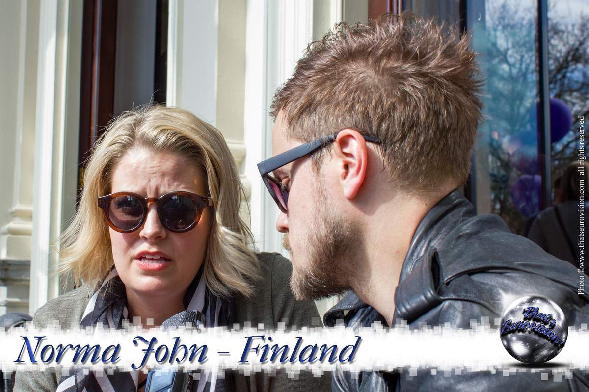 Finland - Norma John - Blackbird is like an Introduction to our Music!