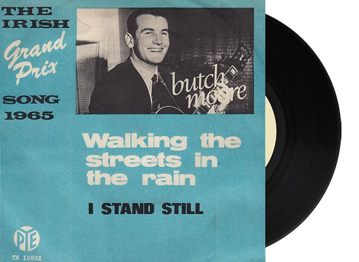 """6th - Ireland - Butch Moore """"Walking the streets in the rain"""" (11 points)"""