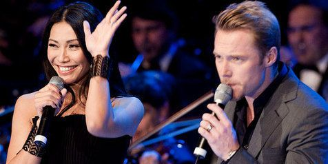 "Anggun (France 2012) & Ronan Keating ""Have Yourself a Merry Little Christmas"""