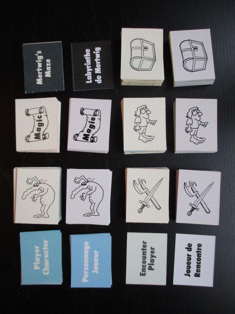 Les cartes en vf à côté des cartes en vo.