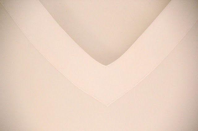 Tuto couture : réaliser une blouse femme de taille 40 à 48 , avec son patron gratuit et en suivant sa vidéo , facile à coudre !