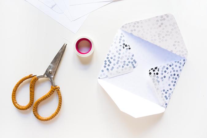 Tuto : belles enveloppes à imprimer et à plier , en suivant un pas à pas en images gratuit !