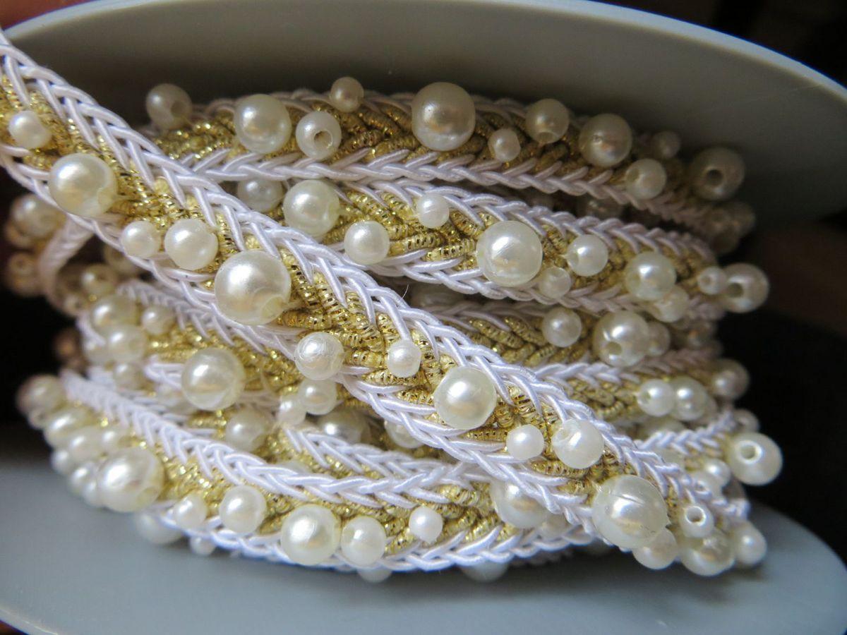 Galon perles (sur un col, ça donnera de l'effet)