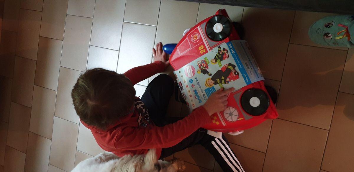 Mon loulou a une valise pompier Trunki