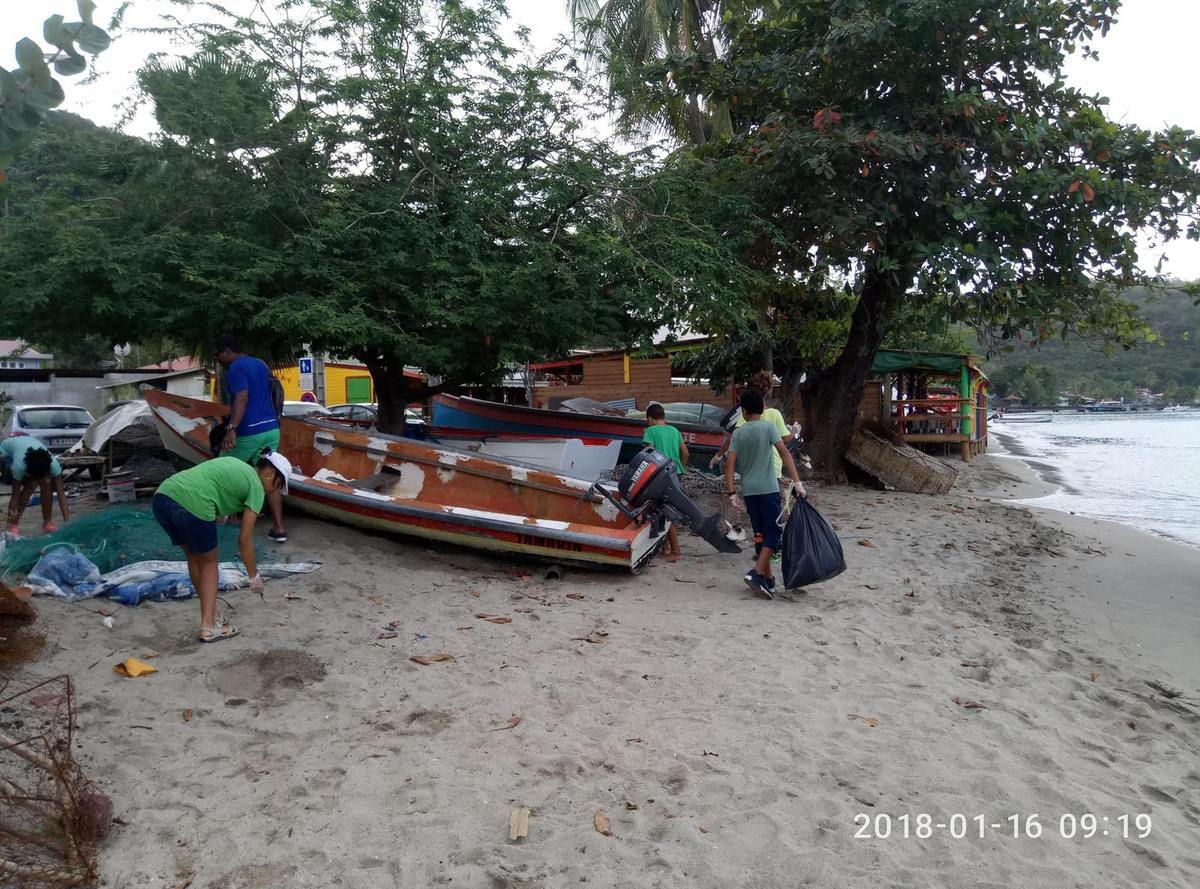 AME:  les déchets, collecte et tri à grande Anse