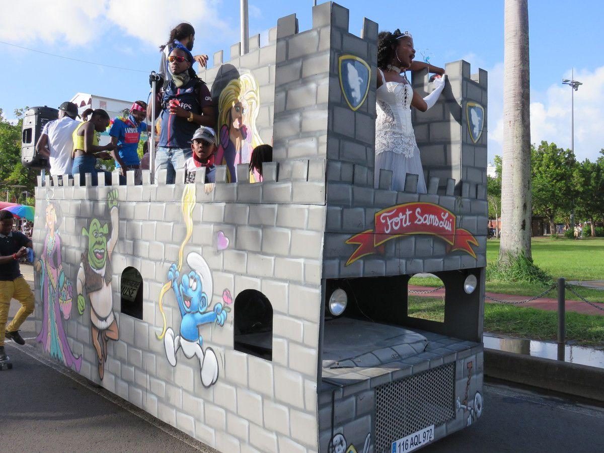 Balade à Fort de France pendant le Carnaval...