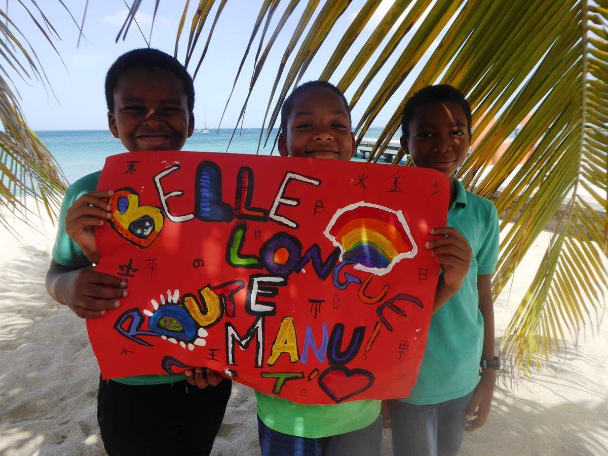Bonne longue route Manu, le mot des enfants....